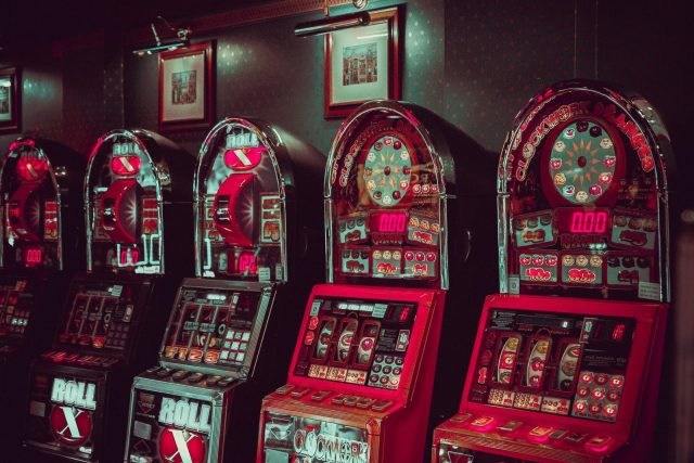 沙龍電子遊戲如何玩彩票、老虎機和賭場里的各種遊戲 – 【沙龍電子遊戲】SA老虎機、電子遊戲